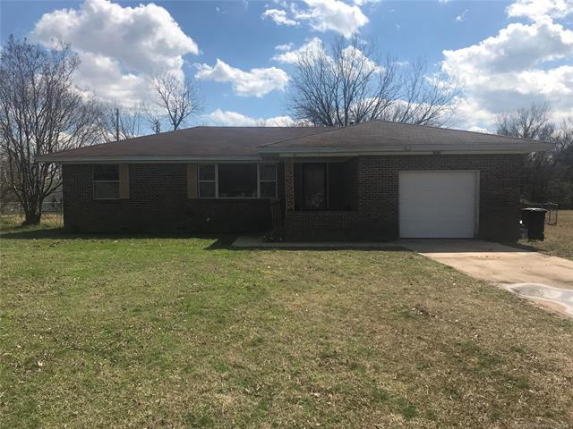 2629 E 14th Street, Ada, OK 74820 (MLS #1909861) :: Hopper Group at RE/MAX Results