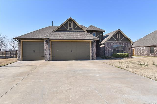6926 E 144th Street North, Collinsville, OK 74021 (MLS #1909876) :: RE/MAX T-town