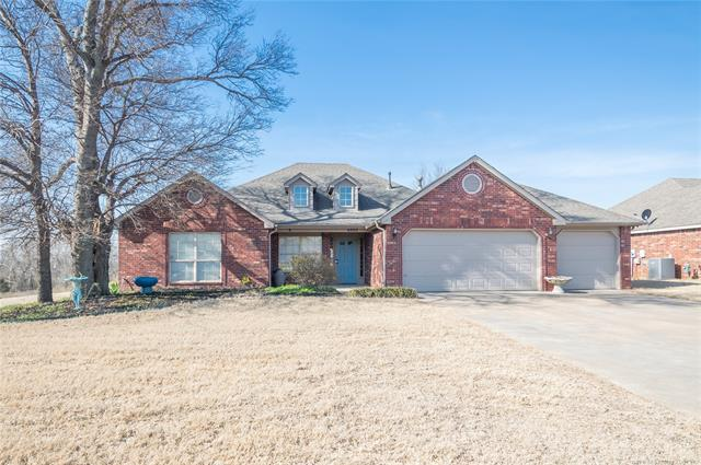 6802 N 128th East Court, Owasso, OK 74055 (MLS #1910217) :: RE/MAX T-town