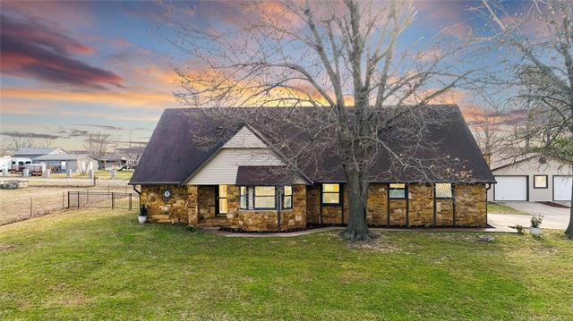 308 S 258th East Avenue, Catoosa, OK 74015 (MLS #1910342) :: RE/MAX T-town