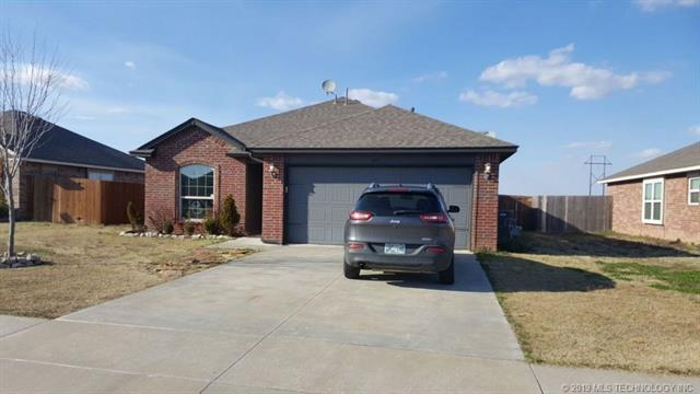13351 E 134th Street N, Collinsville, OK 74021 (MLS #1910440) :: RE/MAX T-town