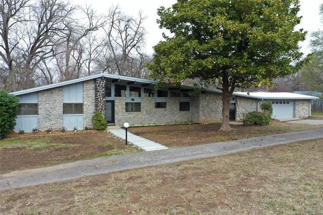 8347 E 116th Street S, Bixby, OK 74008 (MLS #1910486) :: Hopper Group at RE/MAX Results