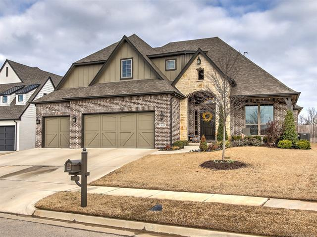 2607 E 136th Street S, Bixby, OK 74008 (MLS #1910749) :: Hopper Group at RE/MAX Results