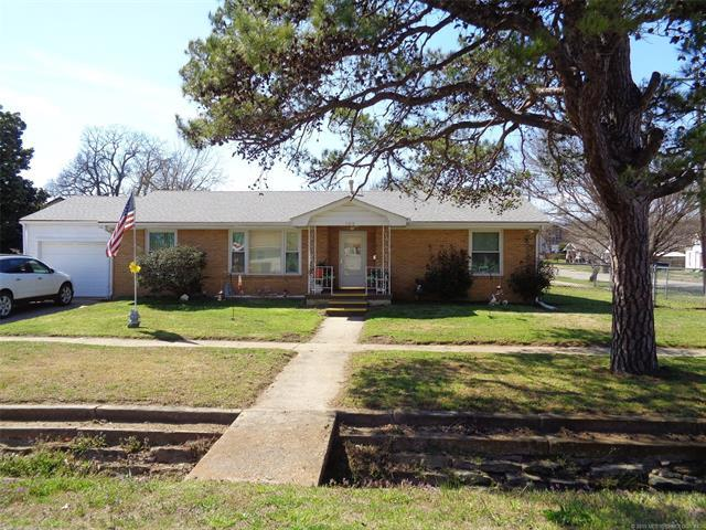102 S 2nd Street, Eufaula, OK 74432 (MLS #1911022) :: Hopper Group at RE/MAX Results