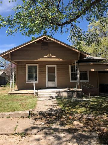 212 E 15th Street, Ada, OK 74820 (MLS #1911039) :: Hopper Group at RE/MAX Results