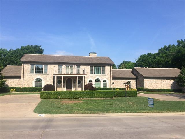 1421 S Shawnee Avenue, Bartlesville, OK 74003 (MLS #1911423) :: Hopper Group at RE/MAX Results