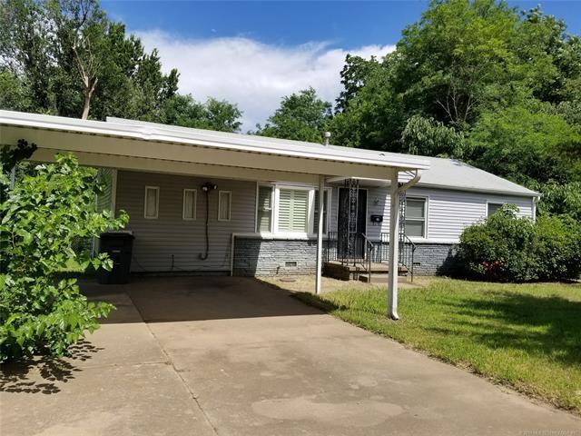3137 N Iroquois Street, Tulsa, OK 74106 (MLS #1911541) :: RE/MAX T-town