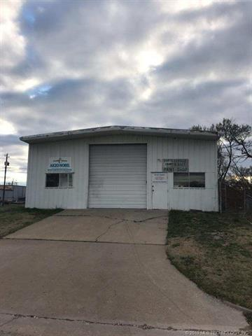 144 NW Jennings Avenue, Bartlesville, OK 74003 (MLS #1912419) :: Hopper Group at RE/MAX Results
