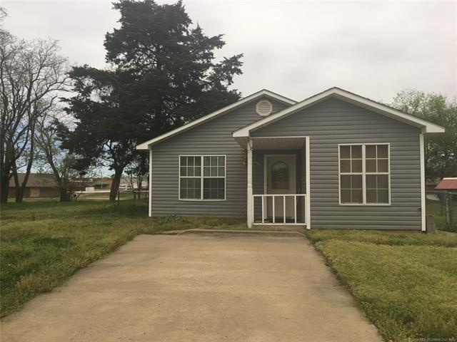 619 W Taylor Avenue, Mcalester, OK 74501 (MLS #1912858) :: Hopper Group at RE/MAX Results