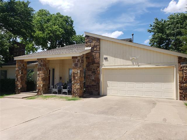 5207 E 73rd Street, Tulsa, OK 74136 (MLS #1913334) :: Hopper Group at RE/MAX Results