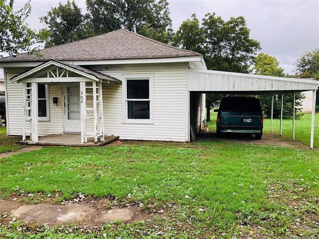 302 S Cleveland Avenue, Cushing, OK 74023 (MLS #1913660) :: Hopper Group at RE/MAX Results