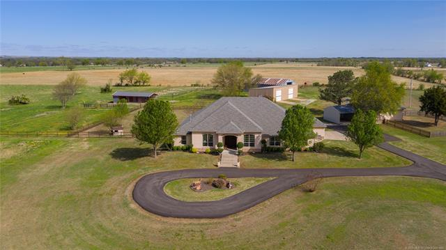 401744 W 4100 Road, Collinsville, OK 74021 (MLS #1913916) :: Hopper Group at RE/MAX Results
