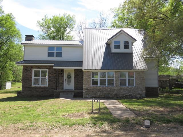 610 Chenault Avenue, Checotah, OK 74426 (MLS #1913939) :: Hopper Group at RE/MAX Results