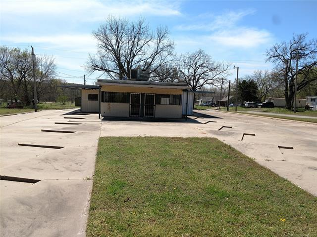 1009 W Caddo Street, Cleveland, OK 74020 (MLS #1914652) :: Hopper Group at RE/MAX Results