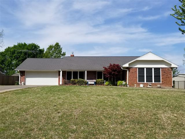 543 Warren Drive, Eufaula, OK 74432 (MLS #1914899) :: RE/MAX T-town