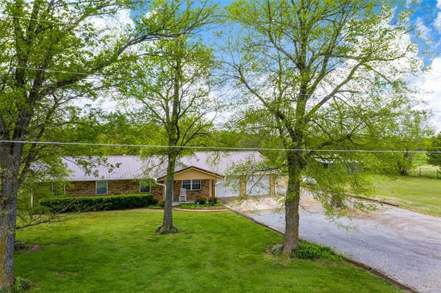 21694 E 480 Road, Claremore, OK 74017 (MLS #1915076) :: Hopper Group at RE/MAX Results