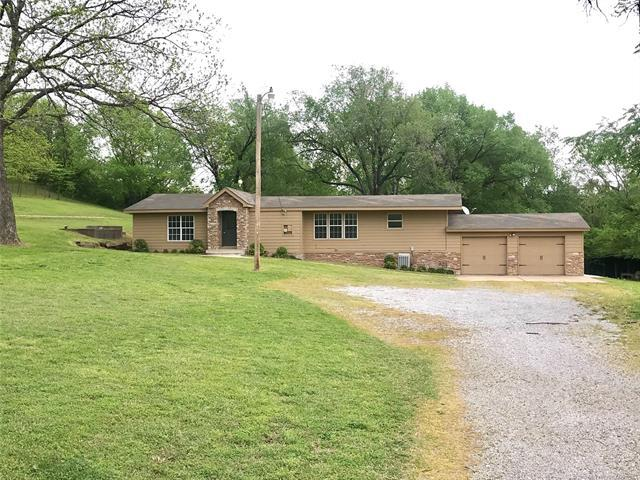 17995 S 4160 Road, Claremore, OK 74017 (MLS #1915256) :: Hopper Group at RE/MAX Results