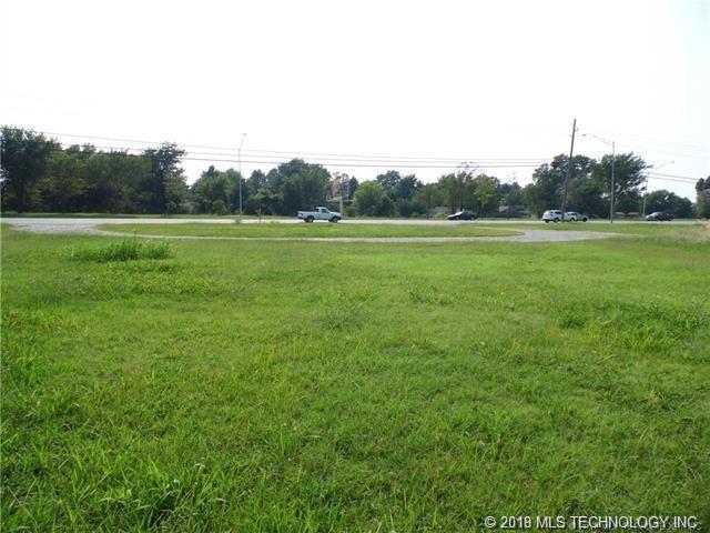 1101 N Hwy 51 Highway, Coweta, OK 74429 (MLS #1915266) :: Hopper Group at RE/MAX Results