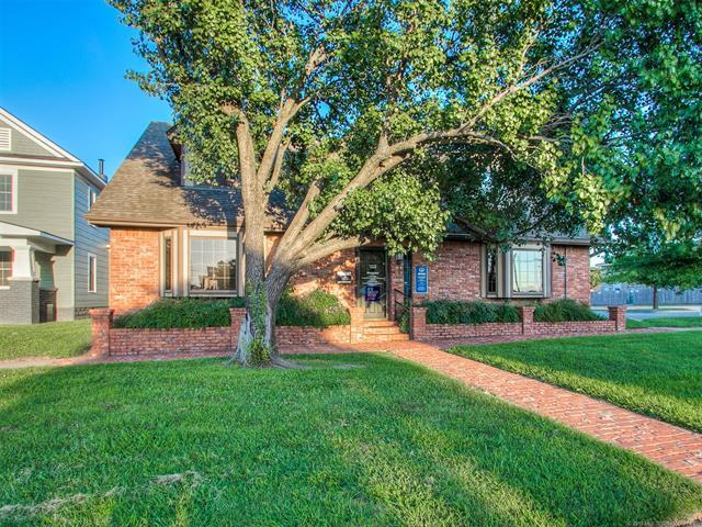 510 SE Cherokee Avenue, Bartlesville, OK 74003 (MLS #1916217) :: 918HomeTeam - KW Realty Preferred