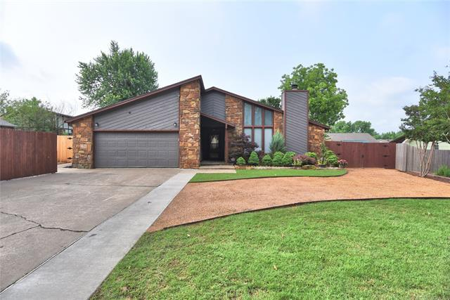 204 W 114th Court, Jenks, OK 74037 (MLS #1918615) :: Hopper Group at RE/MAX Results