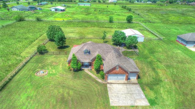 13692 N 97th East Avenue, Collinsville, OK 74021 (MLS #1918789) :: Hopper Group at RE/MAX Results