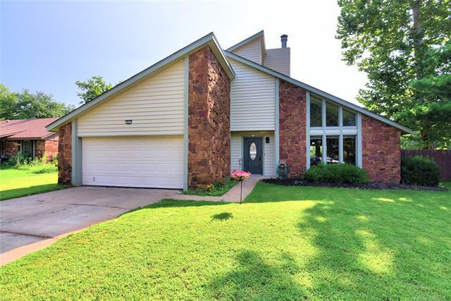 813 N Forest Place, Jenks, OK 74037 (MLS #1918837) :: Hopper Group at RE/MAX Results