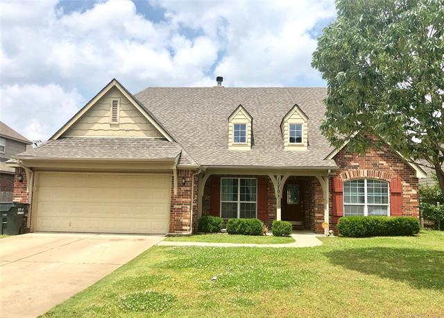 11701 E 102nd Street North, Owasso, OK 74055 (MLS #1919028) :: Hopper Group at RE/MAX Results