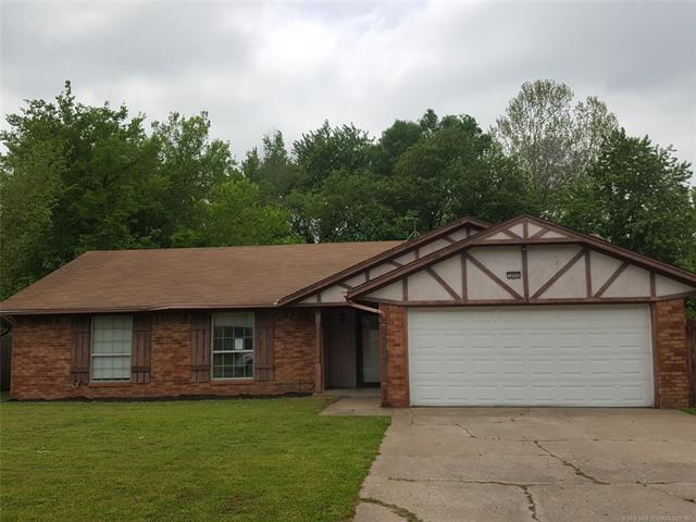 3206 S 211th East Avenue, Broken Arrow, OK 74014 (MLS #1919089) :: Hopper Group at RE/MAX Results
