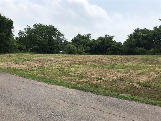 715 W 1st Street, Ada, OK 74820 (MLS #1919298) :: Hopper Group at RE/MAX Results
