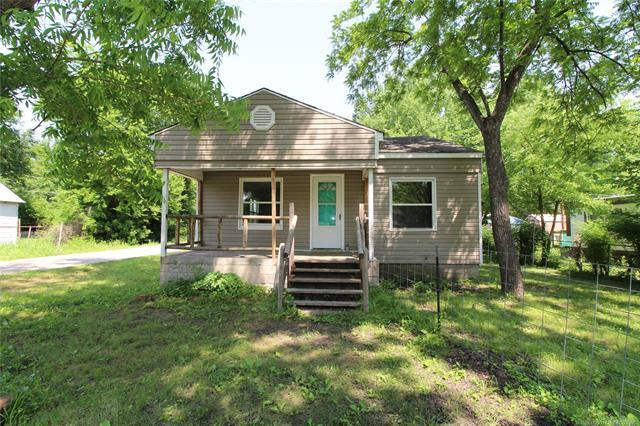 220 N Choctaw Street, Dewey, OK 74029 (MLS #1919921) :: 918HomeTeam - KW Realty Preferred