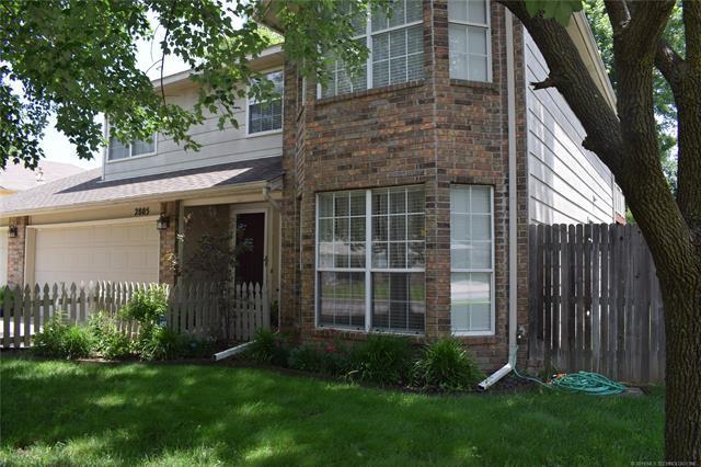 2805 S Dogwood Avenue, Broken Arrow, OK 74012 (MLS #1921407) :: 918HomeTeam - KW Realty Preferred