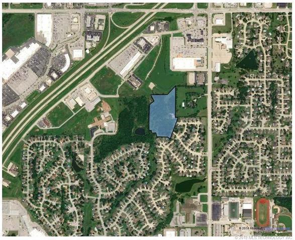 E 90th Street N, Owasso, OK 74055 (MLS #1921649) :: 918HomeTeam - KW Realty Preferred