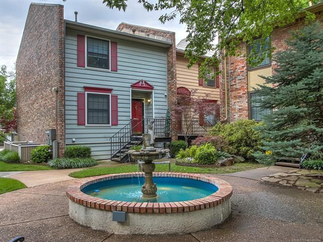 217 W 18th Street #16, Tulsa, OK 74119 (MLS #1921668) :: 918HomeTeam - KW Realty Preferred