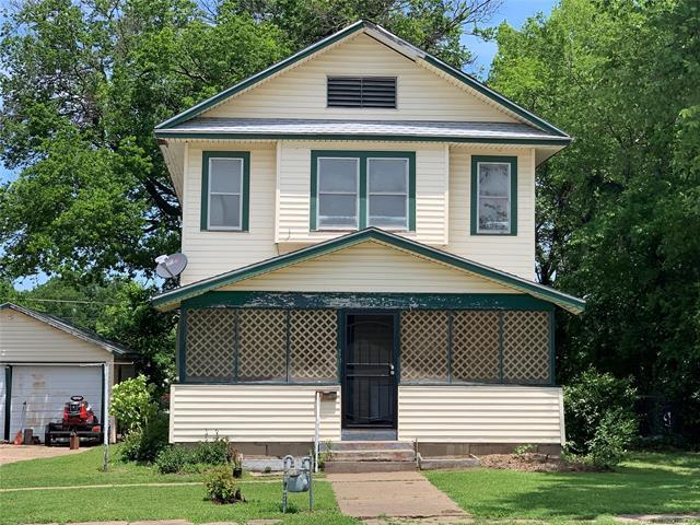 911 E 9th Street, Okmulgee, OK 74447 (MLS #1921899) :: 918HomeTeam - KW Realty Preferred