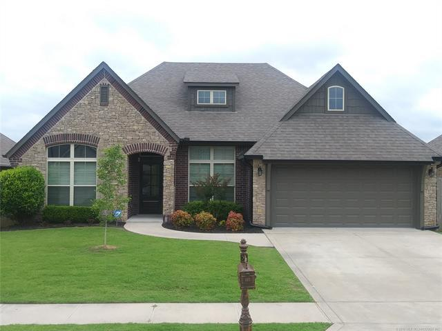 3019 W Mobile Place, Broken Arrow, OK 74011 (MLS #1922021) :: Hopper Group at RE/MAX Results