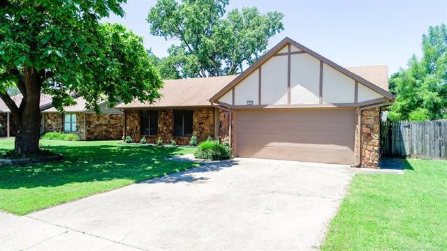 1212 S 30th Street, Broken Arrow, OK 74014 (MLS #1922062) :: Hopper Group at RE/MAX Results