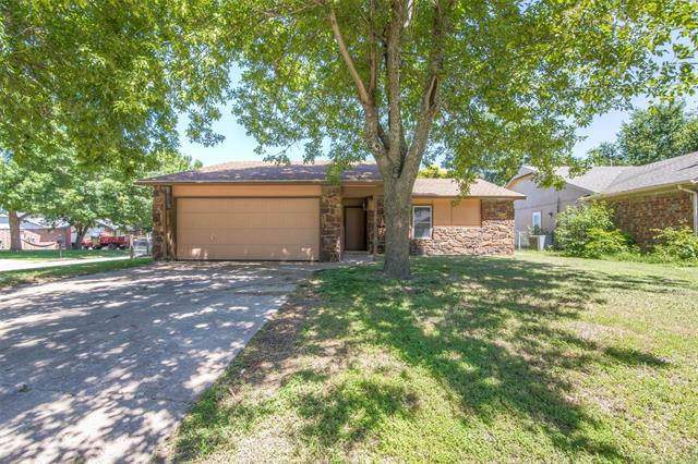 3105 S 216th East Avenue, Broken Arrow, OK 74014 (MLS #1922086) :: Hopper Group at RE/MAX Results