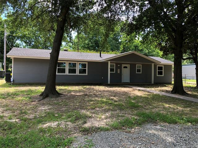 330 Kiamichi Road, Eufaula, OK 74432 (MLS #1922248) :: Hopper Group at RE/MAX Results