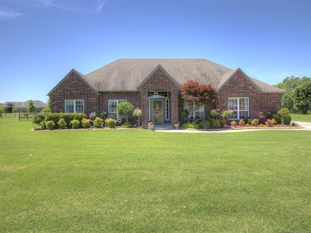 12356 N 167th East Avenue, Collinsville, OK 74021 (MLS #1922308) :: RE/MAX T-town