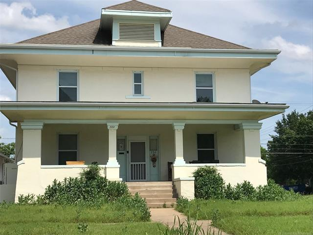 720 S Johnstone Avenue, Bartlesville, OK 74003 (MLS #1922557) :: Hopper Group at RE/MAX Results