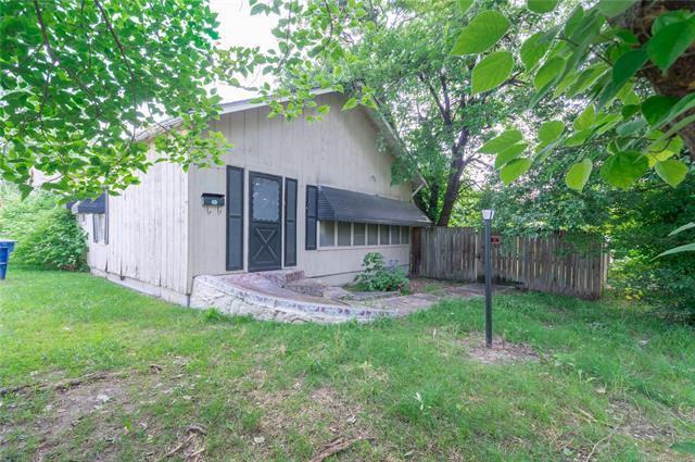 535 E Oak Street, Skiatook, OK 74070 (MLS #1922760) :: Hopper Group at RE/MAX Results