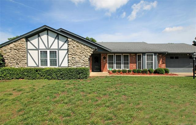 5678 S 84th East Avenue, Tulsa, OK 74147 (MLS #1923319) :: Hopper Group at RE/MAX Results