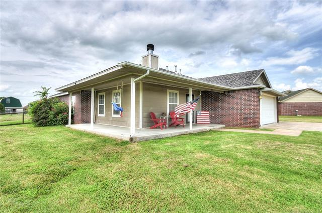13140 Seminole Drive, Oologah, OK 74053 (MLS #1923629) :: Hopper Group at RE/MAX Results