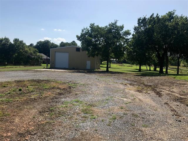 3400 N Joy Street, Mcalester, OK 74501 (MLS #1923715) :: 918HomeTeam - KW Realty Preferred