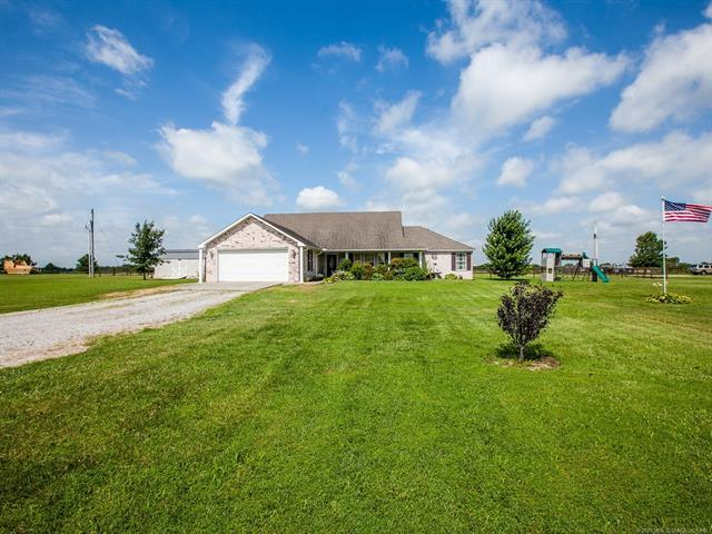 9520 S 4096 Road, Oologah, OK 74053 (MLS #1924092) :: Hopper Group at RE/MAX Results