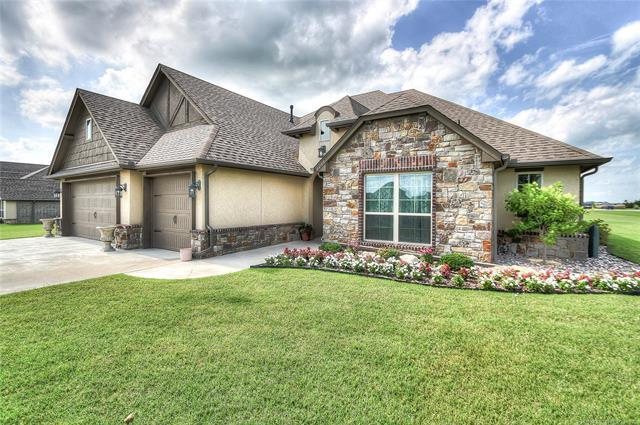6235 E 127th Street North, Collinsville, OK 74021 (MLS #1924329) :: Hopper Group at RE/MAX Results