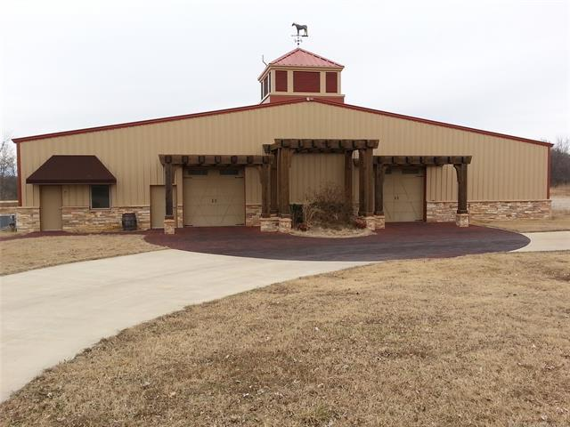 402990 W 2150 Drive, Bartlesville, OK 74006 (MLS #1925305) :: Hopper Group at RE/MAX Results