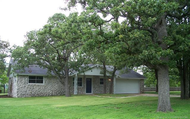 47 S Vermeer Avenue, Sand Springs, OK 74063 (MLS #1925342) :: 918HomeTeam - KW Realty Preferred