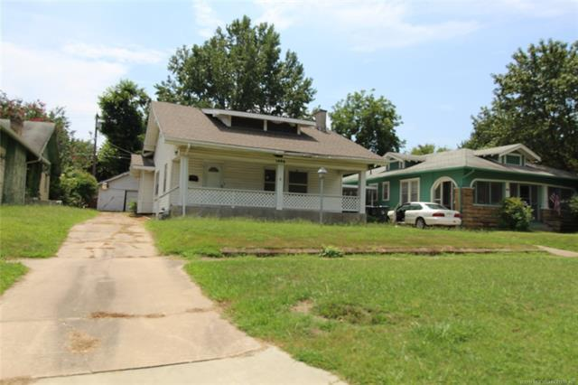 1406 E 8th Street, Okmulgee, OK 74447 (MLS #1925350) :: Hopper Group at RE/MAX Results