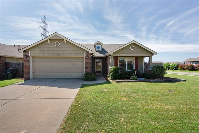 14602 E 109th Place North, Owasso, OK 74055 (MLS #1925497) :: 918HomeTeam - KW Realty Preferred